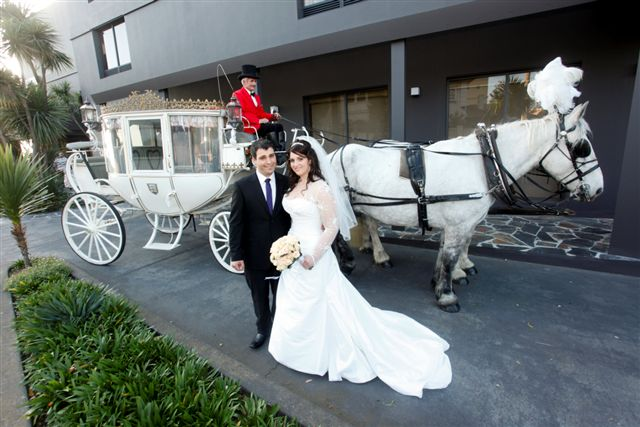 Grand entry by Horse and Carriage