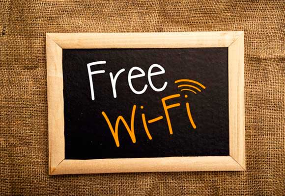 Sign that says Free Wi-Fi