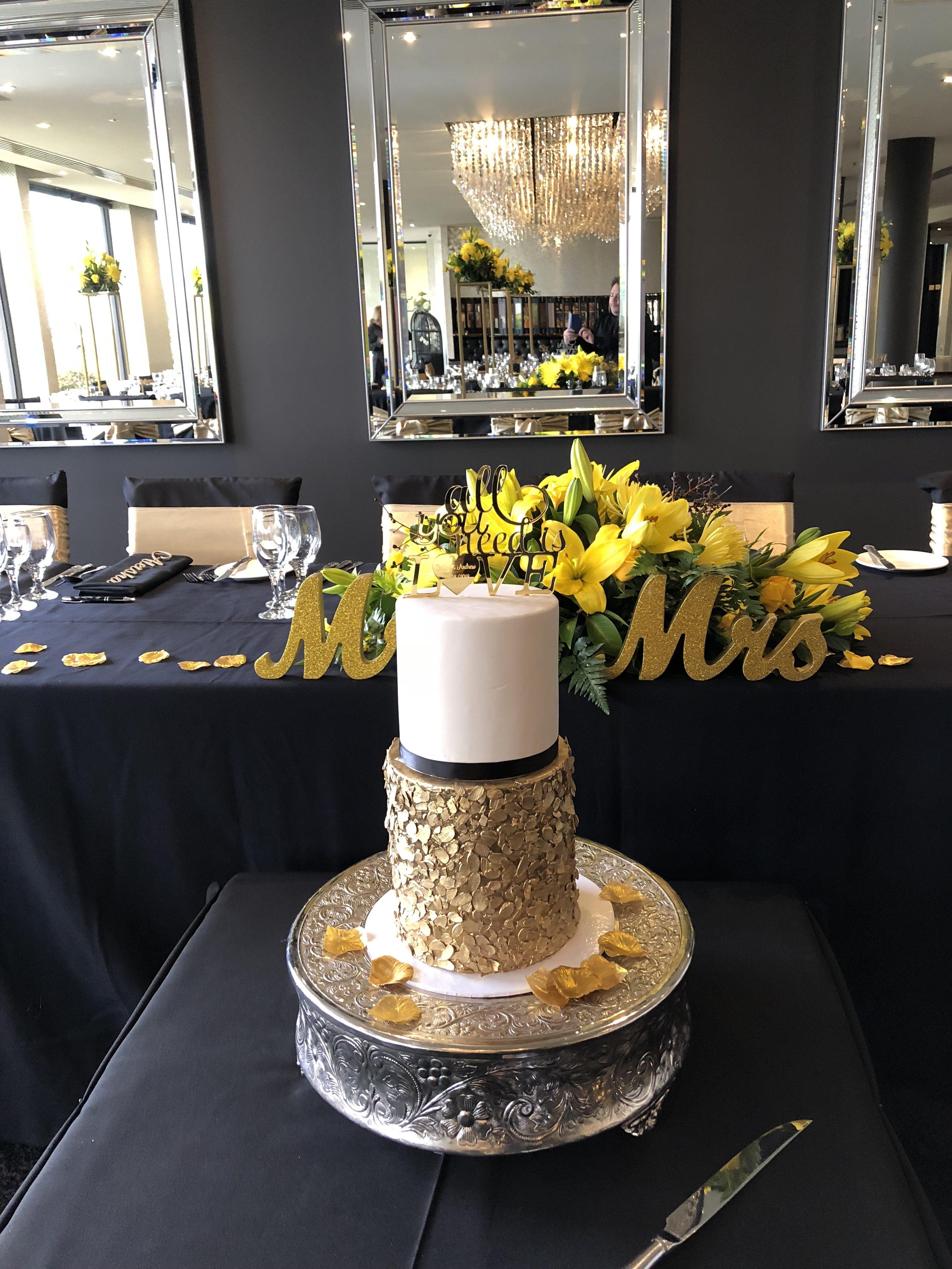 Top 10 wedding cake suppliers in melbourne brighton savoy 3utique cake art junglespirit Choice Image