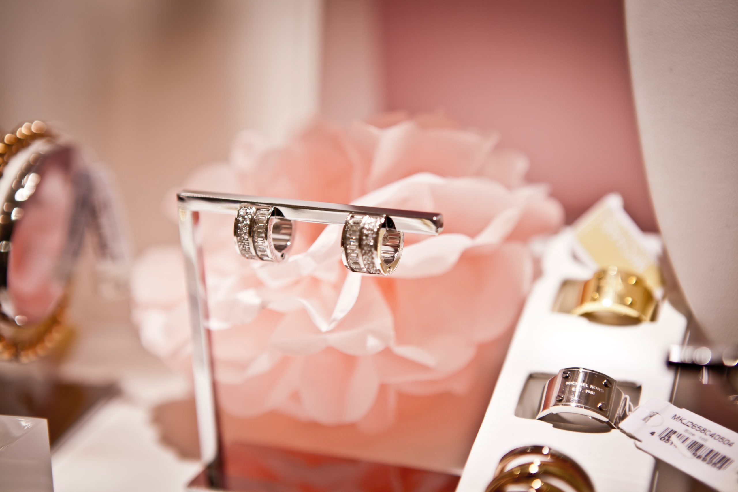 Is Jewellery A Good Gift 1