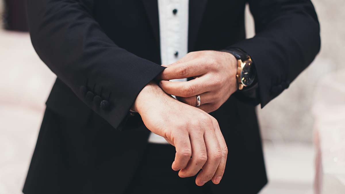 How To Choose The Groom's Look2
